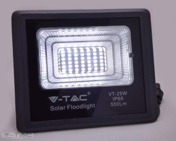 16W Napelemes LED reflektor 4000K - 8574