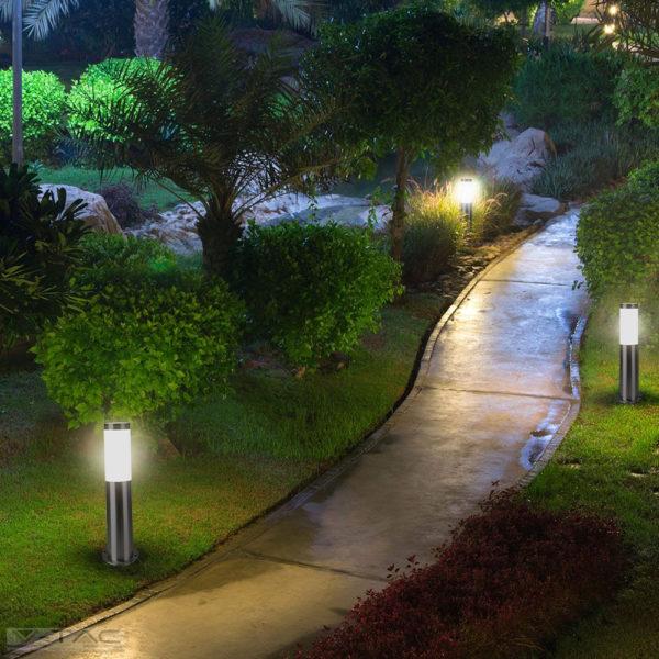 Ezüst rögzíthető kerti álló lámpatest E27 foglalattal acél váz IP44 - 8958